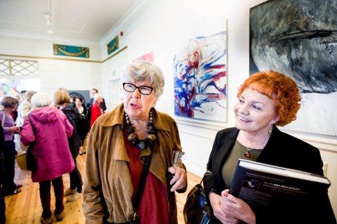 STJERNE: Kunstner Inger Sitter (85) er en av landets viktigste kunstnere. Hun er en av 10 kunstnere som stiller ut på Festiviteten.
