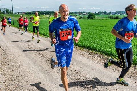 Pål Espen Hedin løp en engelsk mil under Glommaløpet fra Sarpsborg til Gamlebyen på en time og åtte minutter.