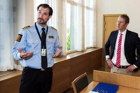 BEKREFTER FUNN: Politiadvokat Haris Hrenovica kan ikke bekrefte at det er savnede Frank André Gundersen som er funnet, men at de har funnet et lik i Skogbygda. Her er han sammen med den siktede 29-åringens advokat Tarjei Ræder Breivoll under varetektsfengslingen.