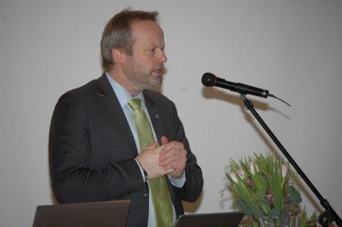 Ivar Odnes og de andre lederne av rovviltnemndene er passe fornøyde etter møtet