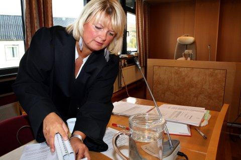 BØTELEGGER: Politiadvokat Marie Lygre i aksjon i Senja tingrett.