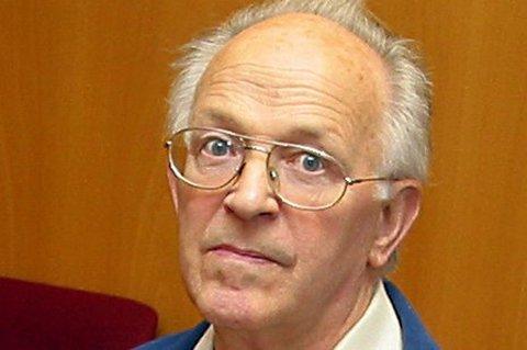 GIKK BORT: Hans Kristian Eriksen døde 8. juni. Den nordnorske forfatteren ble 81 år gammel.