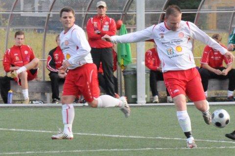 Både Kenneth Bergersen (t.v.) og Ole Robert Søbye spilte tidligere for BSF ? en av to klubber som dannet Aurskog-Høland FK. I kveld står begge på motsatt banehalvdel når AHFK tar imot Rømskog/Setskog på Høland stadion (arkivfoto).