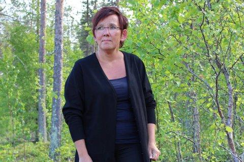 SORG:  Hege Gauksrud opplevde sitt livs mareritt da hun mistet sin sønn Kenth i februar. I sorgen begynte hun å misbruke sovepiller. Nå er hun kritisk til helsevesenet. Foto: Privat.