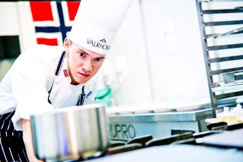 Christer Rødseth i dyp konsentrasjon under Global Chef Challenge.