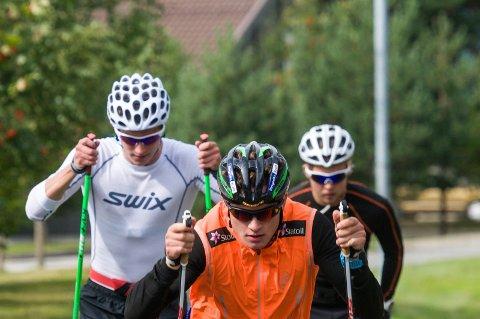Eirik Sverdrup Augdal har gode treningskolleger i Martin Sulland og Simen Rypdal. Hverdagene består i trening og hvile.