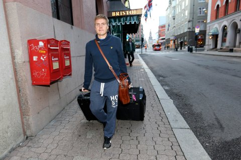FIKK FORSIKRINGER: Ruben Yttergård Jenssen forlot Oslo onsdag. Han holdt på å forlate Kaiserslautern i sommer, men fikk forsikringer om at klubben vil satse på han. Foto: Vidar Ruud/NTB Scanpix