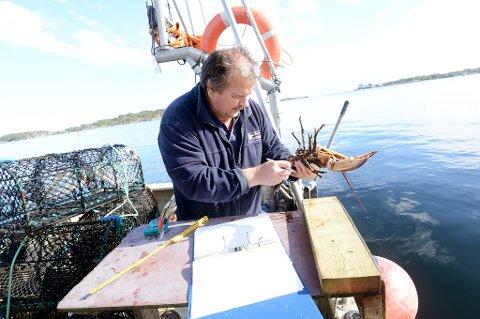 Feil åte de første dagene med prøvefiske, gjør at Tore Barstad justerer resultatene.