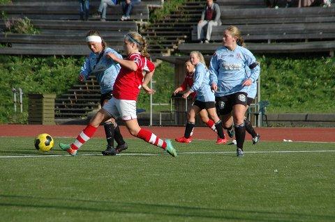 Et redusert Leknes J19 tapte i dag 1-4 mot Mjølner i Leknes Idrettspark.