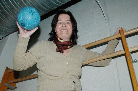 ? Det er første gangen siden 2006 at Lillestrøm Topphåndball er i fjerde runde i cupen, så vi håper på full hall. Billetter selges i døra, forteller Heidi Martinsen i Aurskog-Finstadbru Sportsklubbs håndballstyre.