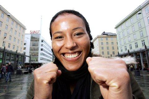 7. CECILIA BRÆKHUS: Sandviksjenten har tatt fire verdensmestertitler for kvinner. I fjor ble 33-åringen kåret til Årets Navn på Idrettsgallaen. Hun er også hovedgrunnen til at den blåblå regjeringen vil tillate proffboksing. Hennes største drøm er å bokse om tittelen i Bergen.