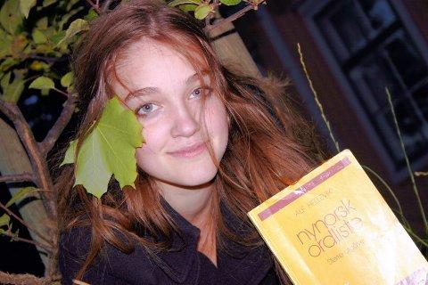 SYTER IKKE: Maria har lest nynorsk siden hun var ti-elleve år.