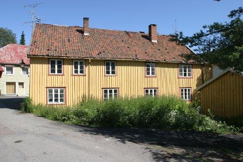 Arbeidene med Kirkegaten 7 kan ta til ganske snart, dersom bystyret sier ja til en forespørsel fra Marie Olaussen og Geir Dyrnæs.