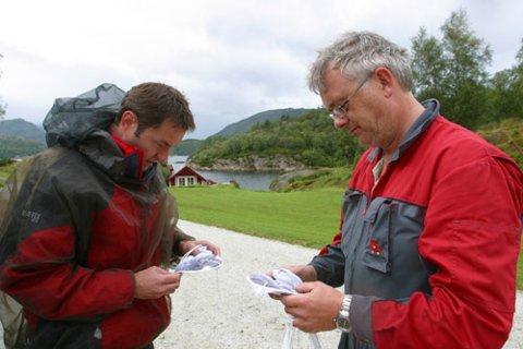 TEL KNOTT. Denne dagen vart det ny rekord for Gunnar Bygnes (T.h) og skotske Frank Leighton.