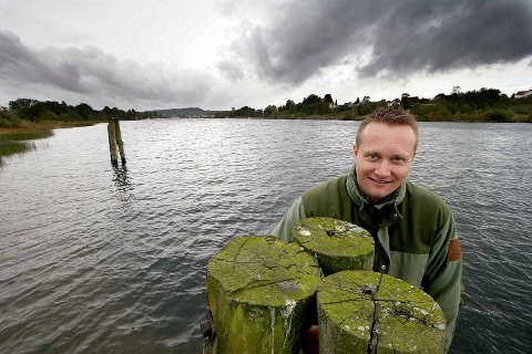 SATSER: Petter Borgestad håper at salget av fiskekort kan komme i gang allerede neste år.