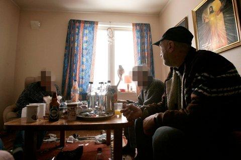 KAMERATEN DØDE: Kjell Arne Olsen mener kameraten kunne vært reddet om ambulanse eller lege hadde rykket ut med en gang. Først etter flere purringer fikk kameraten hjelp, men da var det for sent.