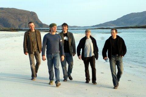 SPIK ADEL: Frå venstre Helge Førde, Norvall Klungresæter, Einar Nesbakk, Jarle Grotle og Roger Igland.