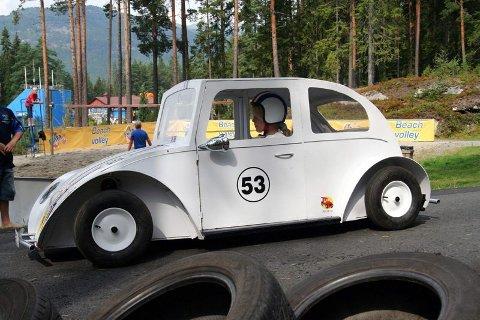 DEN TØFFESTE: Kristine Hansens (10) olabil ble kåret til den tøffeste olabilen under NM i Bø i Telemark i helgen. FOTO: RICHARD ADAMS