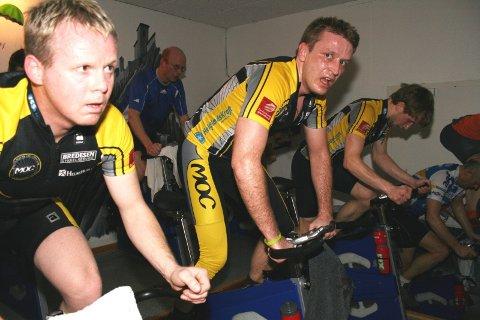 TRENINGSØKT: I helga var det treningssamling for Team Helgeland, med økter blant annet i spinningrommet på Helsehuset. Helge Brubakk (t.v.) og Lars Berge er to av MOCerne som er med på satsinga.
