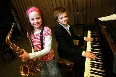 KONKURRENTER: Solveig Synnes (9) og broren hennes Edvard Synnes (11) vil begge vinne konkurransen om Ungdommens musikkpris.  ALLE FOTO: LISBETH ANDRESEN