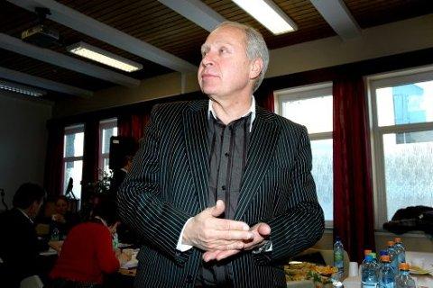 HIT, MEN IKKE LENGER: Styret i Helse Blefjell og nesteleder Olav Forberg mente det ikke var rom for å spare mer enn 23 millioner kroner - uten å rasere hele lokalsykehustilbudet.  FOTO: JARLE PEDERSEN
