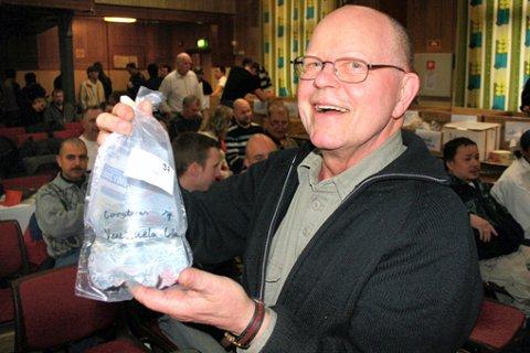 FRA SVERIGE: Evert Karlsson hadde tatt turen helt fra Gøteborg for å handle fisk i Lillestrøm. FOTO: THOR FREMMERLID