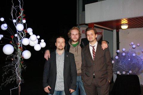 F.v. Festivaldirektør Espen Hjertaas, daglig leder i Gerilja Film og nestleder ved festivalen, Ole Henning Bøe, og programdirektør Bjørn Bøe på åpningskvelden av Os Internasjonale Filmfestival (05.11.2008).