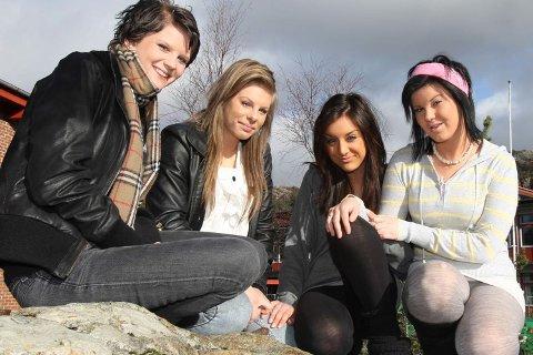(F.v.) Renate Kaland, Anna Elin Gudmundsdottir, Hellen Sævdal og Cassandra Andersen (26.02.2009).