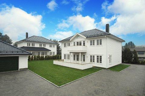 UTEN NAVN: De karakteristiske husene er foreløpig uten navn, og utbygger klarer seg fint. Husene i seg selv er blitt deres merkevare.