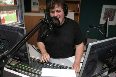 Ronny Brede Aase starta radiokarrieren sin som 19-åring i NRK Sogn og Fjordane. No jobbar den ferske prisvinnaren i P3. Arkivfoto: Eli E. Vengen