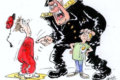 Politimannen reagerte sporenstreks da russen kastet egg på hans sønn.
