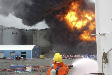 To tanker hos Vest Tank ekploderte 24.mai 2007.