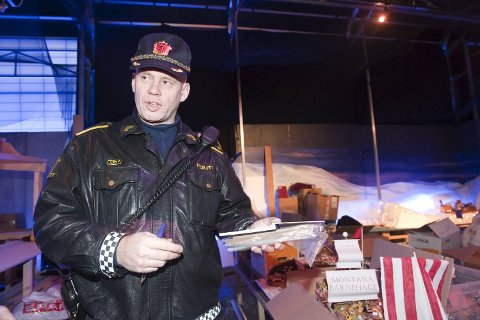 Politibetjent Carsten Raa er i harnisk.
