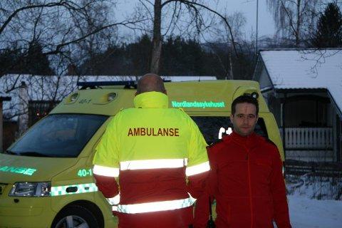 Oppgitt.  Tillitsvalgt Remi Helland (t.h.) er rystet over behandlingen av amblansesjåføren.Foto: Hans Pettersen