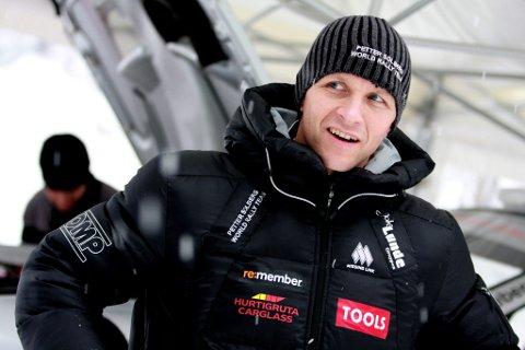 uklart: Petter Solberg trives på Finnskogen, men vil ikke ta seg råd til å teste før Swedish Rally, da han ikke har 2010-opplegget klart enda. foto: simen næss hagen (arkiv)