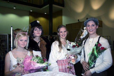Slitne, men fornøyde skuespillere etter premieren: F.v Jenny Sørlie Rimer, Kjersti Sørlie Rimer, Kari-Mette Nordheim og Fredrik Georg Svang Hansen.