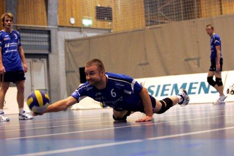 Tor Kristian Kvammen og Førde tapte 3-2 borte mot Tromsø i første seriekamp.