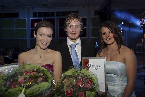 Karolineprisen 2011 ble tildelt skøyteløper Sverre Lunde Pedersen fra Os og fiolinist Guro Kleven Hagen fra Nord-Aurdal.