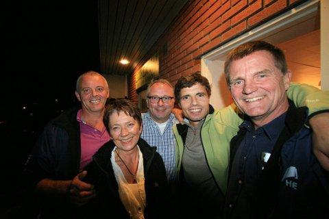 Rekordvalg: Fra venstre Ole Petter Ljøtrud, Wenche N. Hannevold, Bjarne Steen, Trygve Trovik og Tor Kristen Røsholt i Høyre fikk 22,9 prosent av stemmene i Lardal og kaprer dermed fire av de 17 plassene i kommunestyret. (Foto: Sigrid Ringnes)