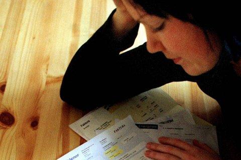 Nordmenn har snart 36 milliarder kroner i ubetalte regninger. Antallet som får betalingsproblemer, øker kraftig.