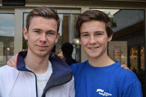 - Vi gleder oss veldig til å få i gang et ungdomsparti på Jevnaker, forteller Dennis Gauksrud (t.v) og Kristian Balswick.