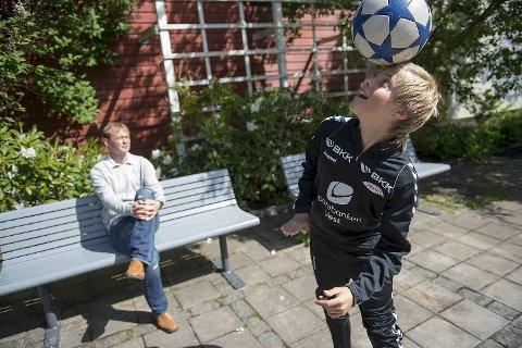 STORE PLANER: Emil Hansson er et av landets største fotballtalenter i sin aldersklasse og trener regelmessig med nederlandske Feyenoord.
