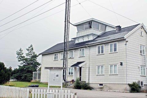 Loshuset på Hvasser huser Hvasser og Brøtsø historieforening.