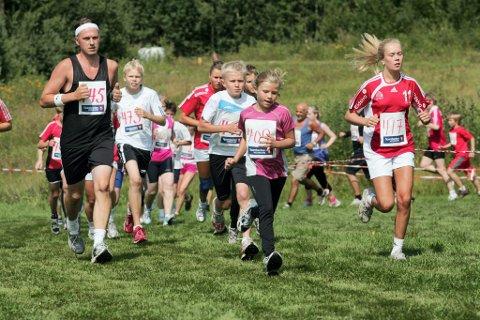populært: Utøvere i alle aldre er med i Kongsvinger Maraton. Nå ønsker man å skape en lignende fest i oljestaten Qatar.bilder: morten sand