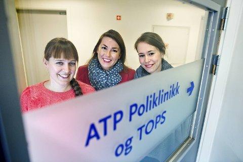 Line Hoston, Kari Mjelde og Else-Marie Løberg jobber ved TOPS, et tilbud for unge som er i ferd med å utvikle en psykose.