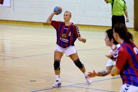 Positiv: Madeleine Haglind Bakke fikk skryt for spillet sitt av lagleder Arild Jacobsen. (Arkivfoto: Peder Torp Mathisen)