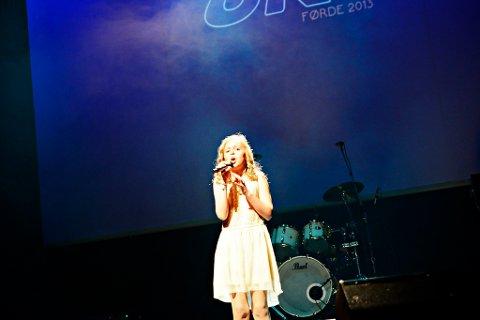 """Oselie Henden (10) sin versjon av """"The Prayer """" gjekk rett heim."""