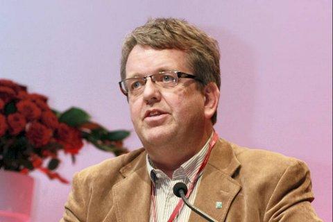 Tidligere Vågå-ordfører Rune Øygard endrer forklaring og vil føre flere nye vitner for å underbygge påstanden om at jenta som hevder hun hadde et forhold til ham lyver.