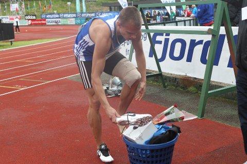Øyvind Strømmen Kjerpeset var hårfint bak den norske rekorden på 400 meter hekk i Florø. - Eg håpar å ta rekorden på Bislett, seier han.