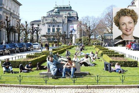 ? Det er ikke nødvendigvis solen som skinte i år eller fjor som gjør oss syke. «Sjokksoling» og episoder med solbrenthet i barne- og ungdomsårene ser ut til å være utslagsgivende. Episoder med solbrenthet i voksen alder er også av betydning, sier Ingeborg Bachmann, overlege ved hudavdelingen på Haukeland sykehus, til BA.